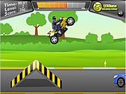 Play 2 Wheeler Stunt